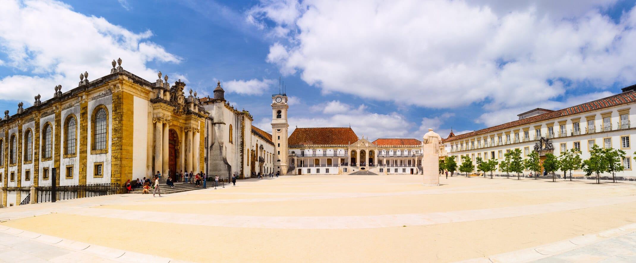 Visitas Guiadas Coimbra: Pátio Universidade Coimbra