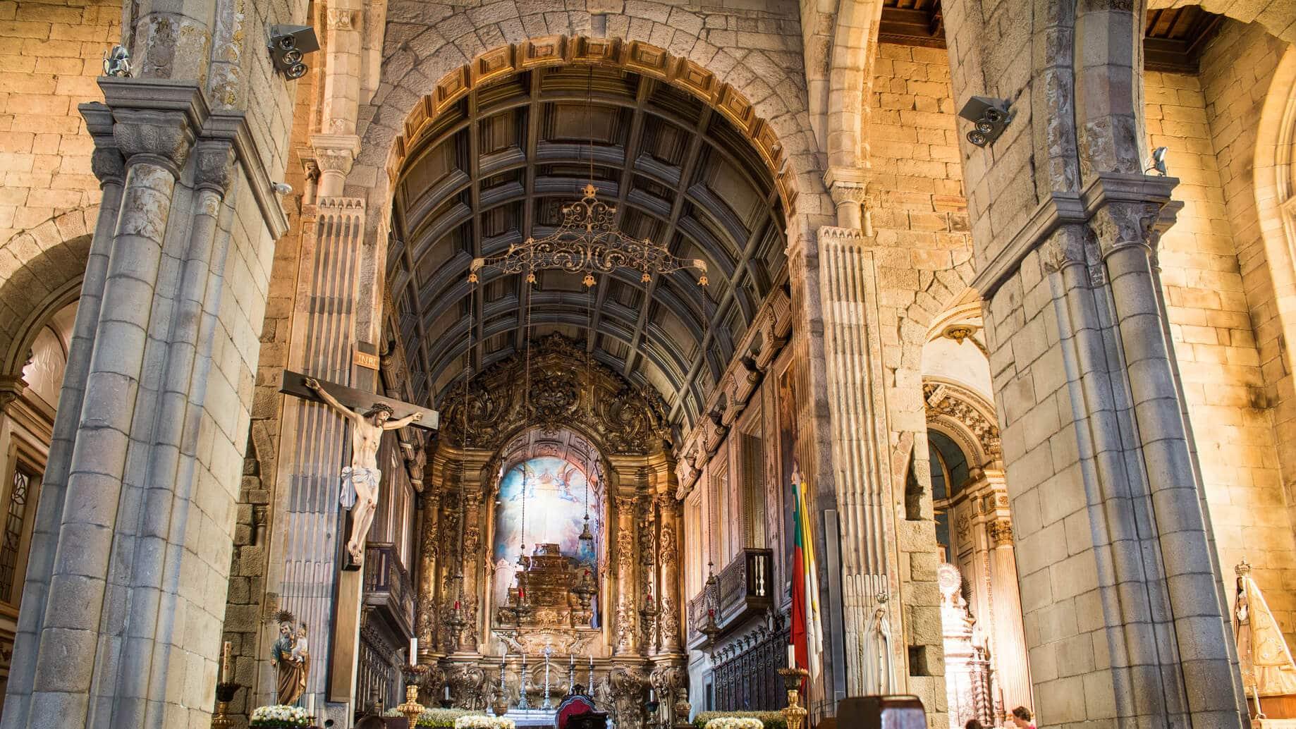 Visitas Guiadas Braga e Guimarães - Claustros