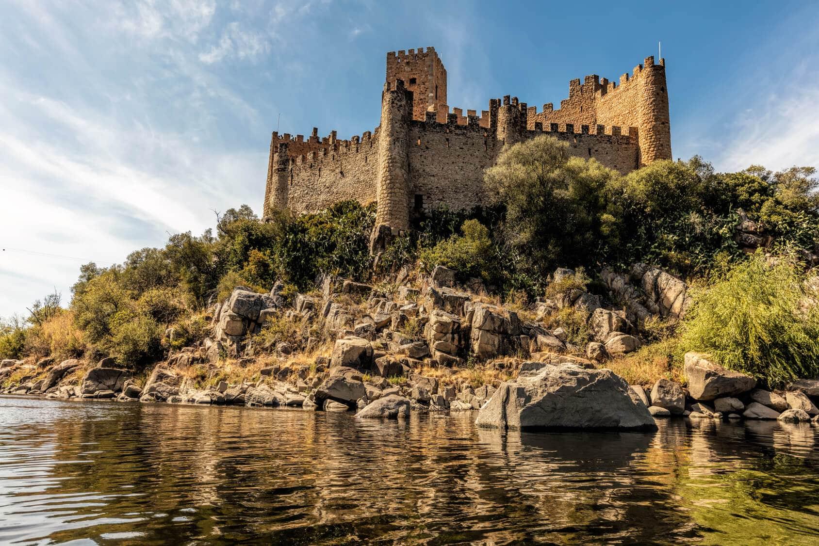 Rota dos Templários Tomar e Castelo de Almourol : Exterior do Castelo