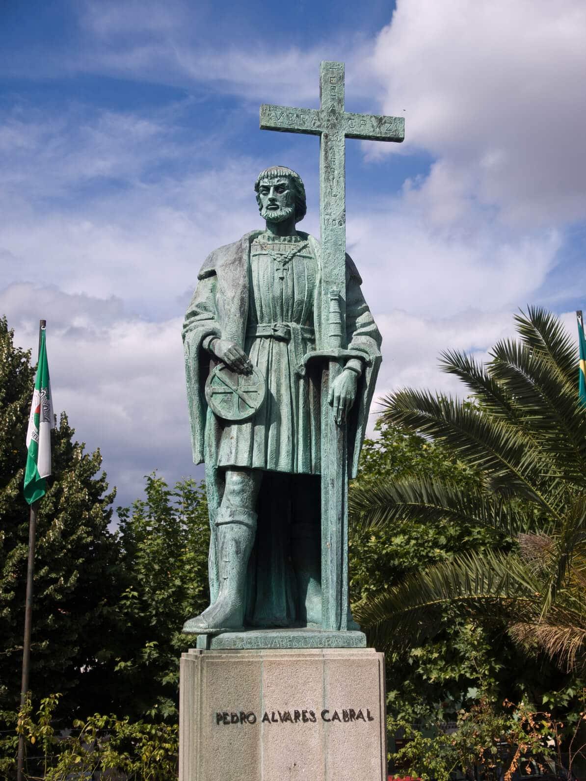 Visitas Guiadas Belmonte e Trancoso : Estátua
